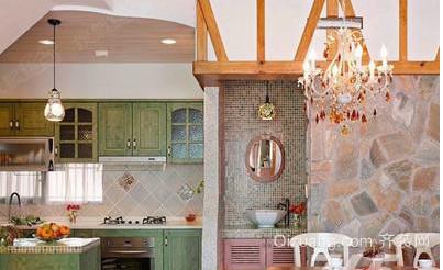 奢华欧式小别墅客厅装修效果图
