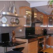 欧式厨房橱柜木质设计