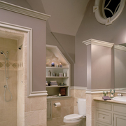 白色优雅式样卫生间设计