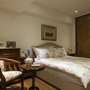 美式白色卧室设计
