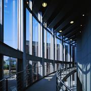 大学图书馆走廊过道设计