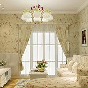 浪漫碎花卧室背景墙设计