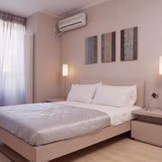 白色简约型女生卧室设计