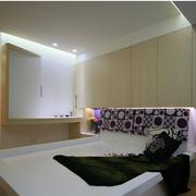 卧室紫色床头背景墙