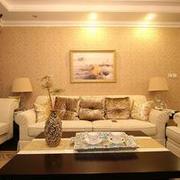 精致唯美客厅浅色沙发