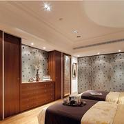混搭型卧室门窗设计