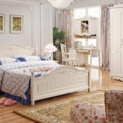 现代卧室床铺搭配