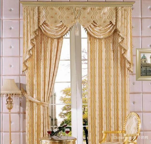 欧式客厅窗帘效果图