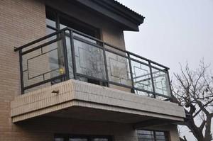 别墅阳台护栏设计效果图