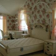 简约公寓三厅室卧室