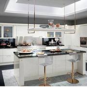厨房现代小户型