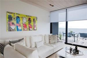 120平米大户型现代客厅沙发背景墙装修设计效果图