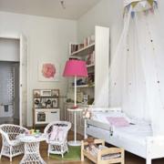 白色简洁儿童房
