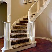 欧式楼梯白色调