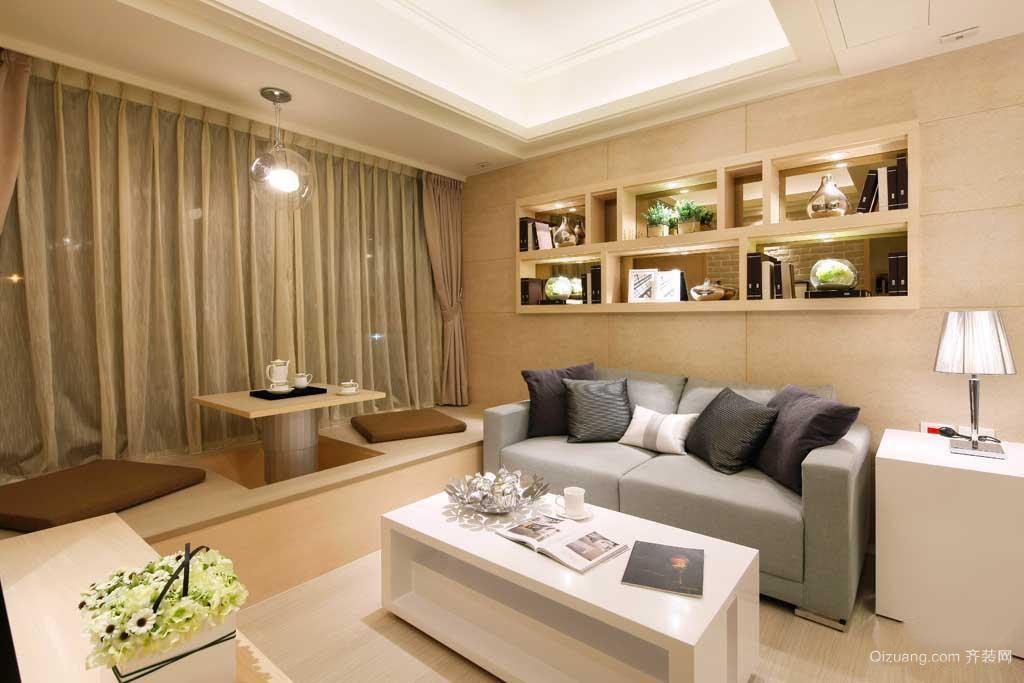 欧式三室一厅客厅飘窗窗帘装修效果图