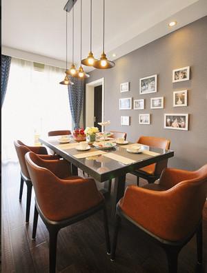 现代简约风格客厅飘窗装修效果图