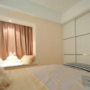 简约公寓三厅室卧室清新款