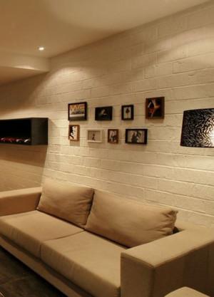 70平米小户型客厅照片墙装修设计效果图