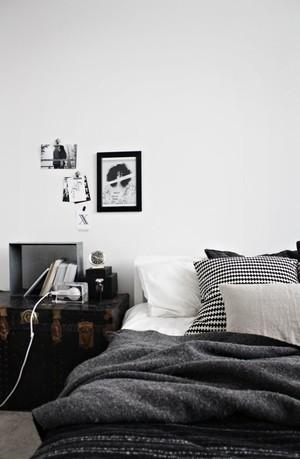 深色调室内设计图片