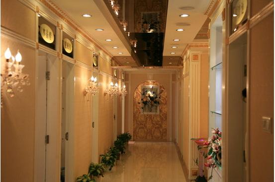 欧式走廊吊顶装修效果图