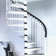 纯白色调楼梯装修图片