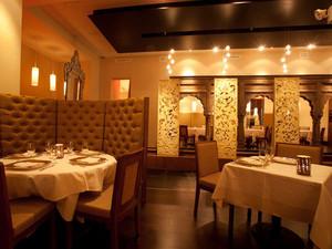 暖色调餐厅装修大全