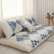 简约型卧室沙发图片