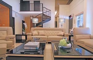 混搭风格客厅铁艺旋转楼梯装修效果图