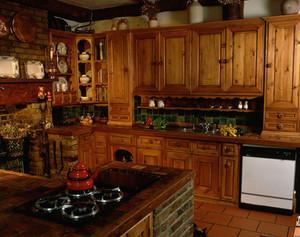 实木橱柜美式风格厨房设计装修效果图