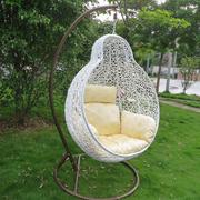 唯美的吊椅设计外景图