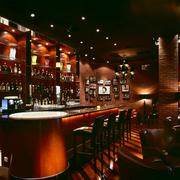 酒吧设计色调搭配
