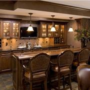 唯美的厨房背景墙图