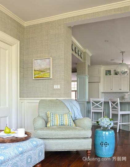 欧式风格客厅无缝墙布装修效果图
