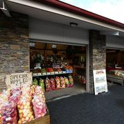 水果店设计实景图