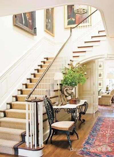 110平米大户型欧式客厅实木楼梯装修效果图