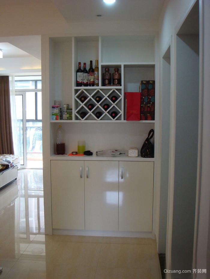 大型公寓欧式酒柜效果图