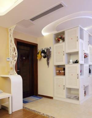 60平大户型欧式客厅进门玄关鞋柜效果图