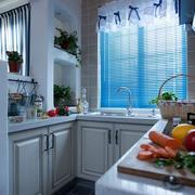 精致的现代厨房设计图