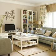 纯色调客厅造型图