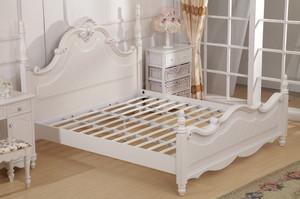 欧式风格卧室飘窗实木床装修效果图