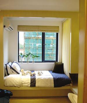 单身公寓小卧室榻榻米床装修效果图