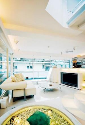现代简约风格阁楼天窗装修效果图