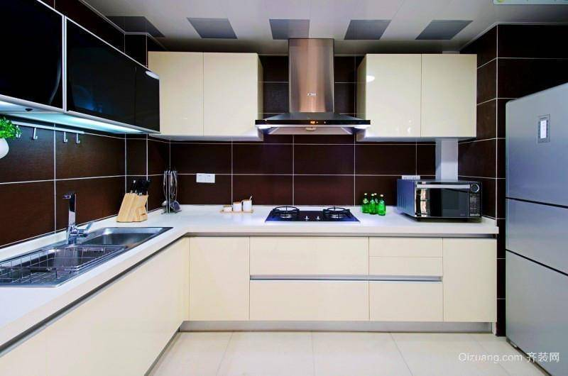 清新现代简约厨房装修效果图