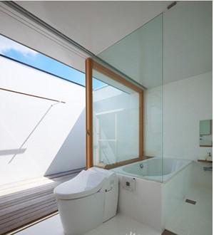 日式现代简约卫生间装修效果图