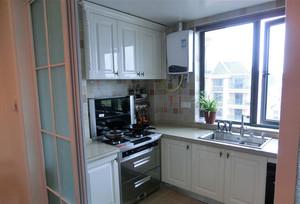 自建别墅现代欧式厨房吊顶装修效果图
