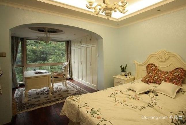 50平米简欧卧室飘窗装修效果图
