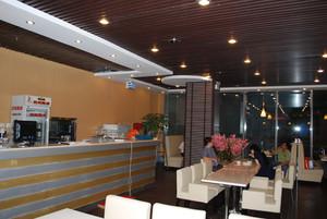 日式餐厅吊顶装修效果图
