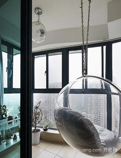 小户型阳台吊椅装修效果图