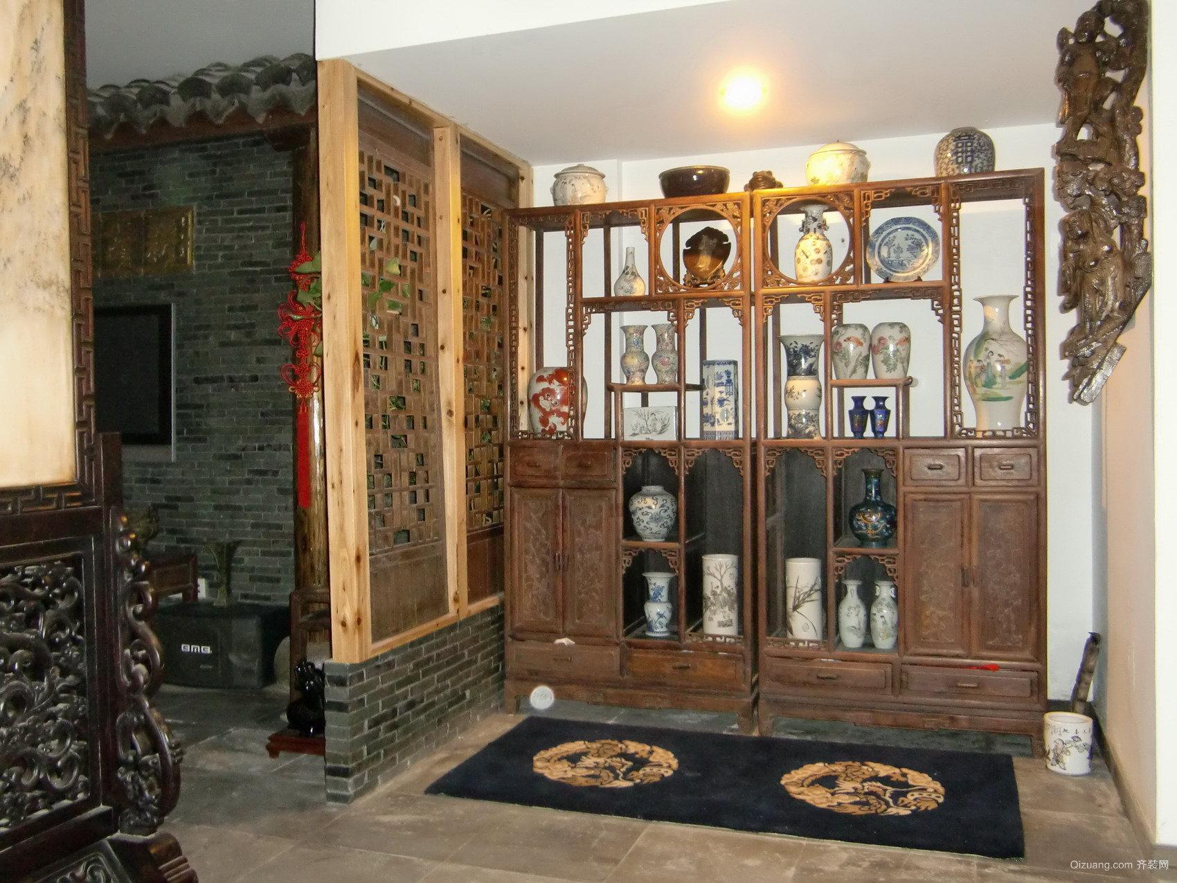 三室二厅现代创意性客厅中式博古架装修效果图