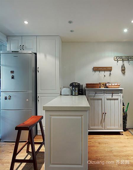 美式厨房吧台装修设计效果图